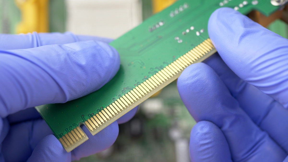 What Are the Differences Between PCI Express 4.0 and  PCI Express 5.0?
