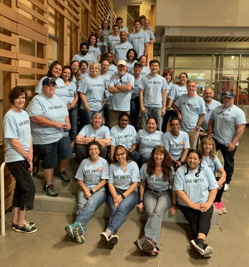 Keysight Chief Administrative Officer and Chief of Staff, Ingrid Estrada (front left), joins other Keysight volunteers at the Redwood Empire Food Bank, which supports the nutritional needs of children and low-income seniors in the Sonoma County, CA area.